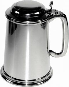 Pint Pewter Tankard with Lid Personalised